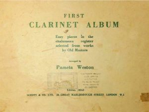 First Clarinet Album Easy pieces in the chalumeau register selected from works by Old Masters