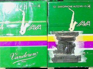 Vandoren Java Alto Sax Reeds 4 Qty 15