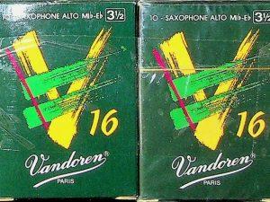 Vandoren V16 Alto Sax Reeds 3.5 Qty 16