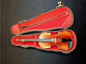 Minature Violin in presentation case