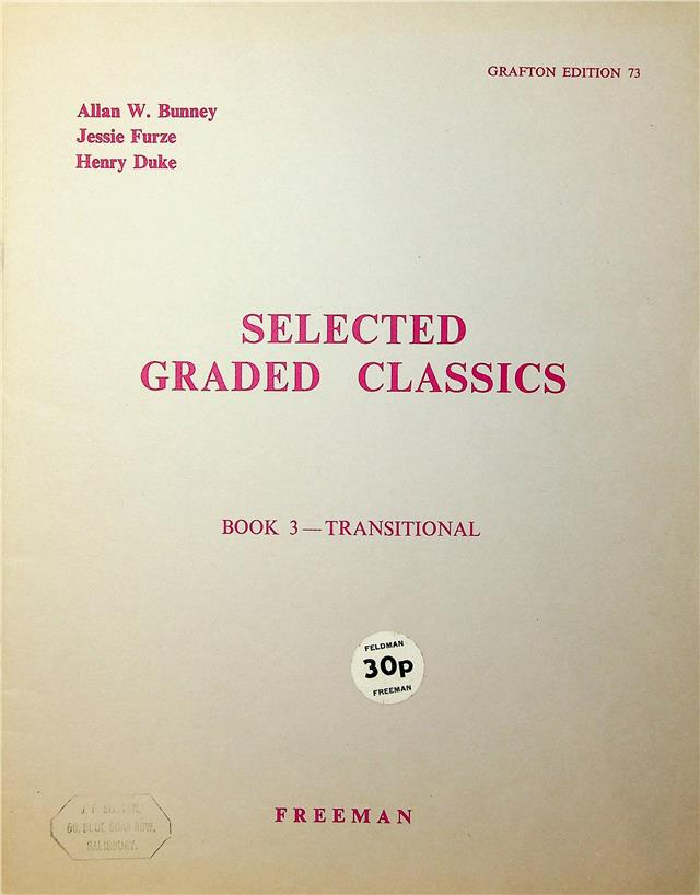 https://shared1.ad-lister.co.uk/UserImages/04d903ed-fca1-47f6-8664-73aff100945d/Img/sheet_music__song_books/135000001.jpg