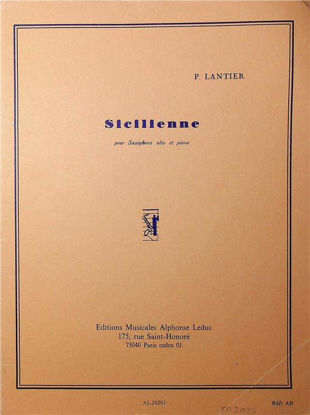 https://shared1.ad-lister.co.uk/UserImages/04d903ed-fca1-47f6-8664-73aff100945d/Img/sheet_music__song_books/471400001.jpg